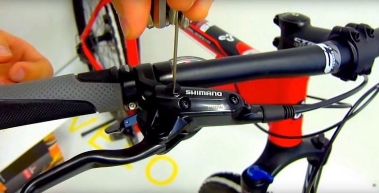 прокачка гидравлических тормозов на велосипеде фото 3