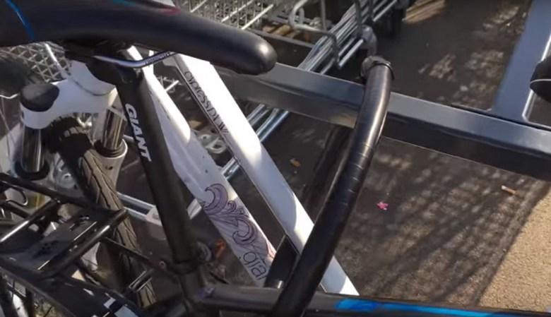 замок на велосипед фото